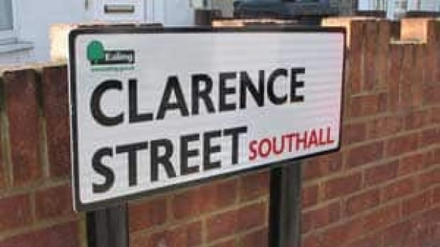 si-clarence-street-300