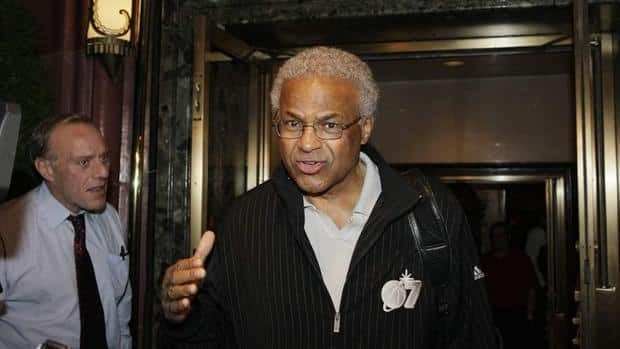 Union executive director Billy Hunter and the players say they're unified heading into Saturday's talks with the NBA.