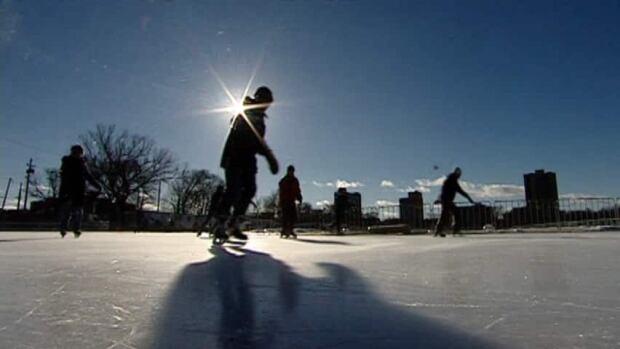 ns-hi-skating-oval