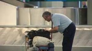 mi-bc-110510-baggage-removed5