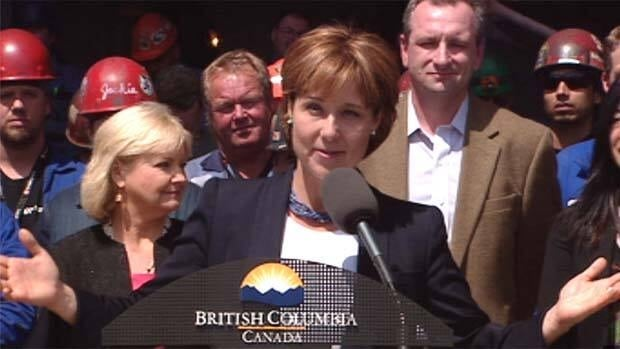 B.C. Premier Christy Clark says she'll go to Ottawa to press for a shipbuilding contract. CBC