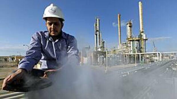 mi-libyan-oil300-cp00288470