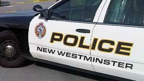 Man arrested after he attacks elderly man, interveners in New Westminster