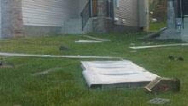 si-cgy-tornado-damage