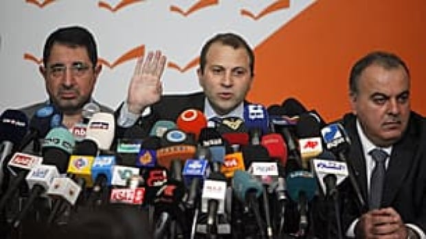 lebanon-government-quit-rtx