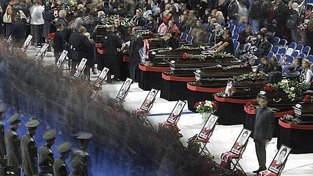 li-russia-funeral-ap-012498