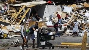 hi-852-tornado-tuscaloosa