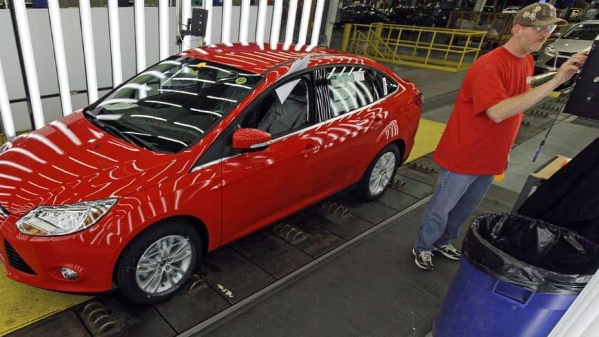 Gas prices drive fuel efficient car sales Business CBC