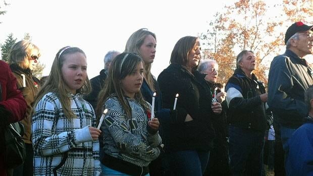 An estimated 400 people gathered at a memorial in Armstrong, B.C., on Sunday.