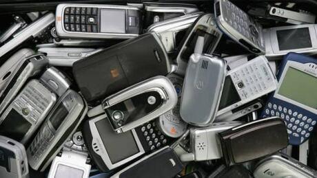 li-phone-waste-620