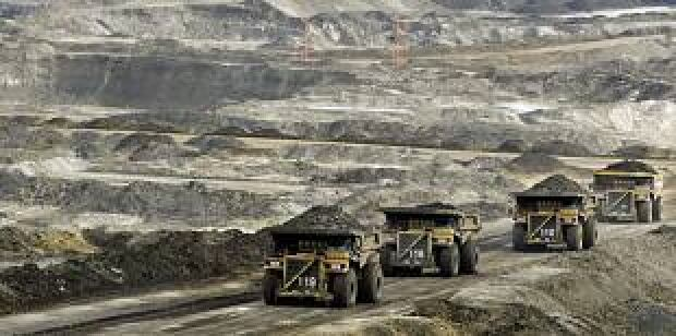 s_oilsands-mcmurray-7004481