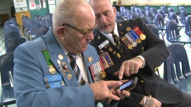 Veterans Terry Collins and Ron Clarke tested the new apps. They were not happy.