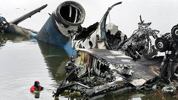 Divers search for flight recorders amid the wreckage of an airliner that crashed near Yaroslavl on Wednesday, killing 43 people including most of one of Russia's premier hockey teams.