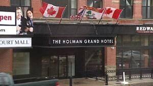 pe-mi-holman-grand-rain