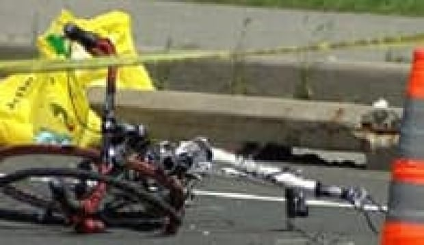 ott-cyclists-injured-kanata