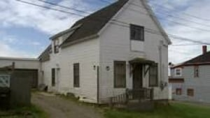 ns-yarmouth-house220
