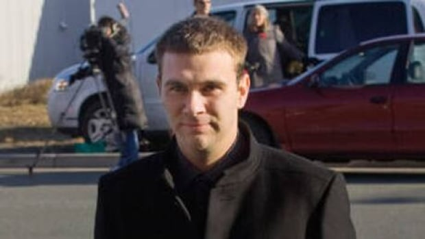 The sole survivor of a tragic helicopter crash near St. John's, Robert Decker, leaves the inquiry into offshore helicopter safety on Nov. 5, 2009.