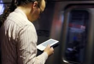 sm-220-kindle-e-reader-rtr2kotp