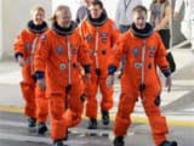 si-atlantis-crew-160