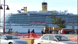 pei-hi-tourism-cruise-ship
