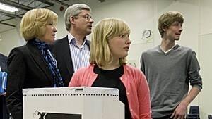 Stephen Harper votes in 2011