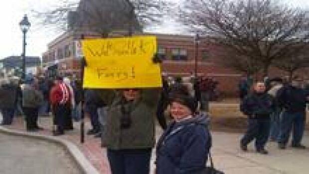ns-yarmouthprotest