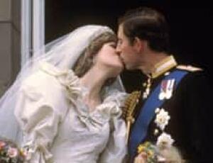 si-royal-kiss-1981-220