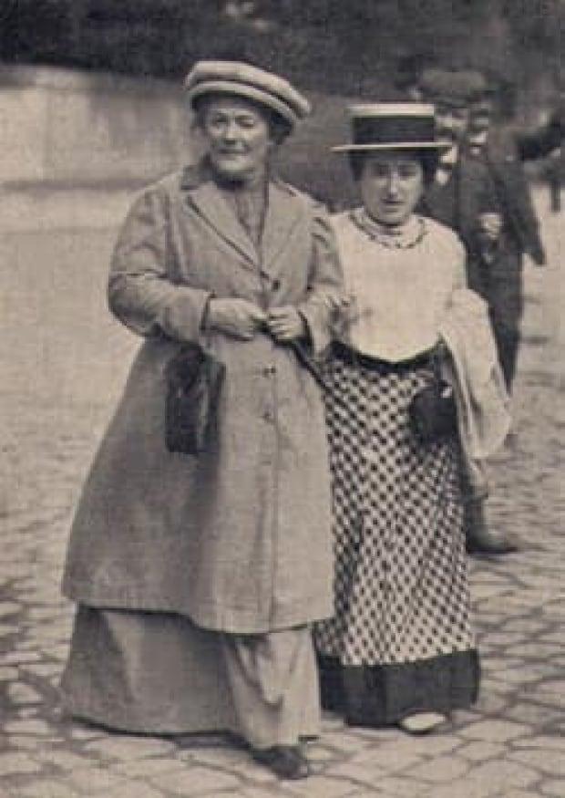 clara-zetkin-1910