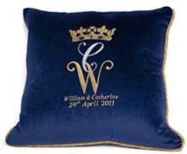 si-blue-cushion-220