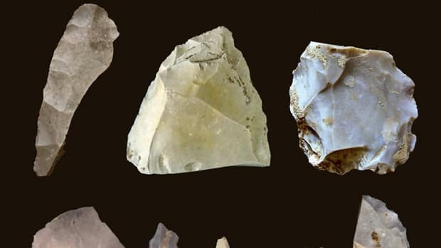 Some of the artifacts found in an archeological dig in a Texas creek bed, dating as far back as 15,500 years.