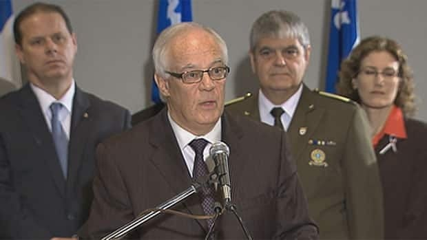 Quebec's Public Security Minister Robert Dutil says  the province will sue Ottawa to get data from the soon-to-be-abolished long-gun registry, but he refuses to specify what legal recourse Quebec has.