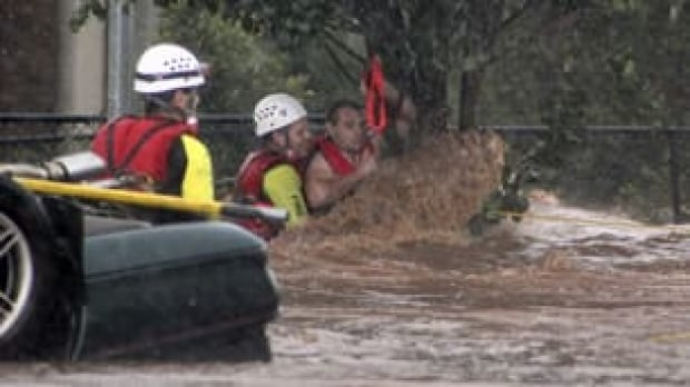 tp-aus-flood-rescue-cp-9983