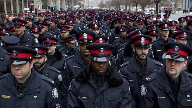 Li Toronto Police Cuts 620 Cp 00024822 Jpg