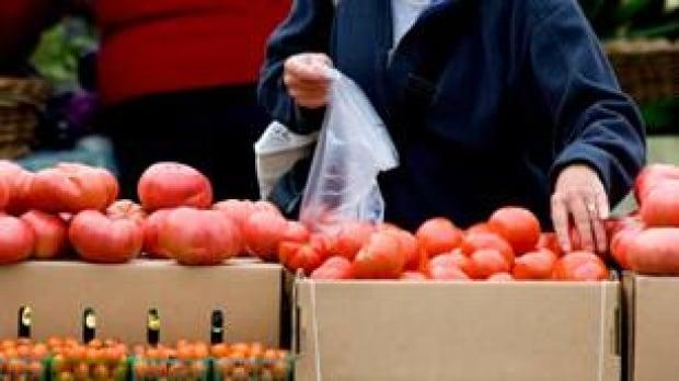 fresh-produce-is-000004795438-306x172