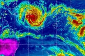 cyclone-yasi-australia-rtxx
