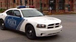 pe-si-charlottetown-police-car-220