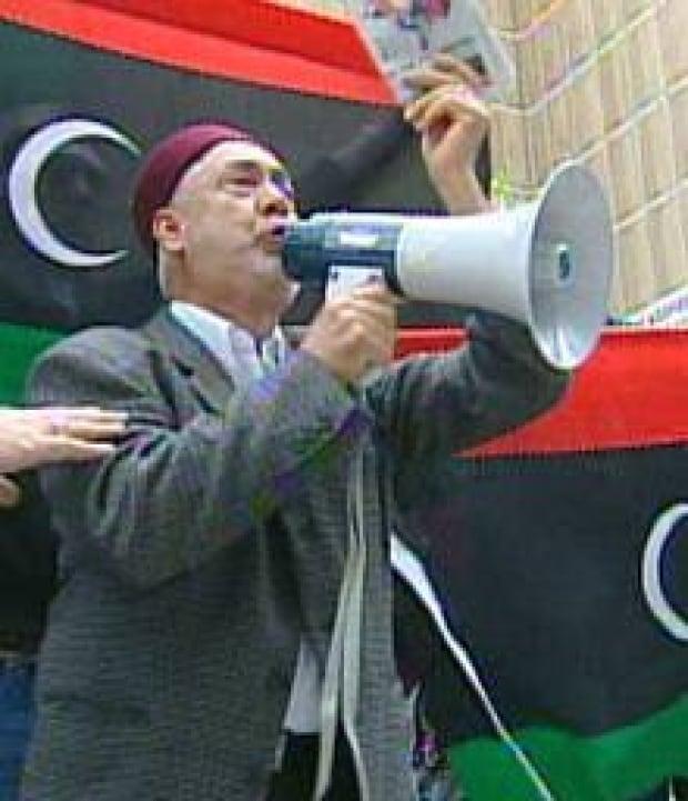 220-libya-protester