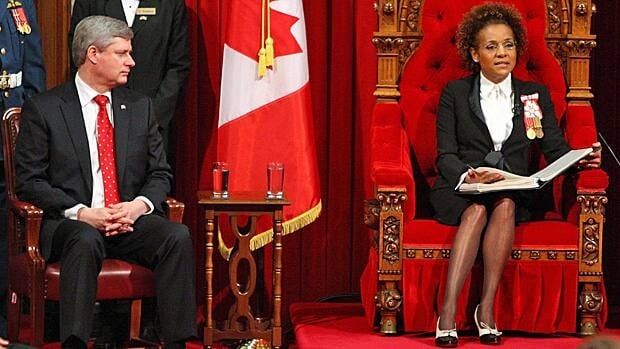 Prime Minister Stephen Harper listens to Gov. Gen. Michaëlle Jean deliver the speech from the throne on March 3, 2010.