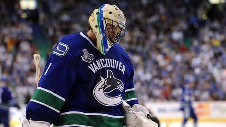 Luongo Owns His Share Of Blame For Canucks Failure Cbc Sports