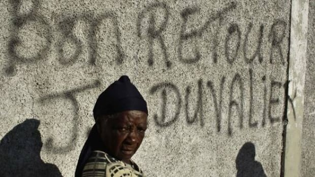 w-haiti-graffiti-cp-rtxwtxe