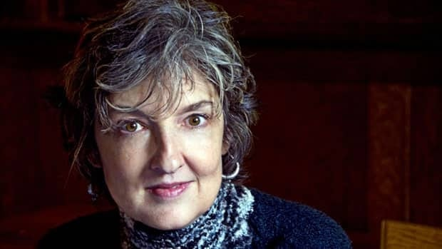 Barbara Kingsolver has won an annual award given to writers who promote peace.