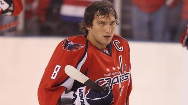 584-ovechkin-get-110920