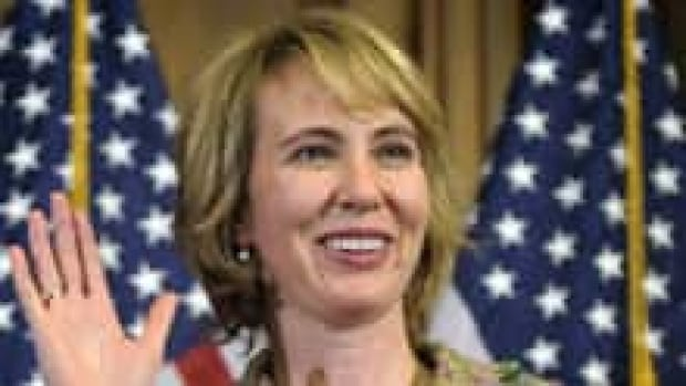 giffords-220-cp00704421