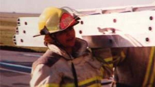 mi-bc-111221-teresa-rush-firefighter2