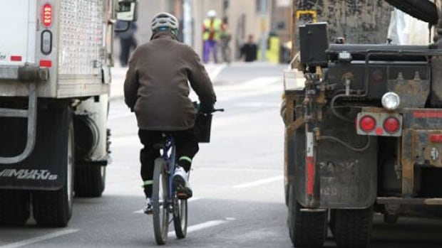 Cyclists in Toronto will soon be able to use separated lanes on some streets, which advocates say make for safer biking. (John Rieti/CBC)
