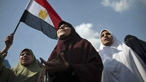 w-egypt-women-protest001276