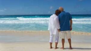 tp-retired-couple-sea