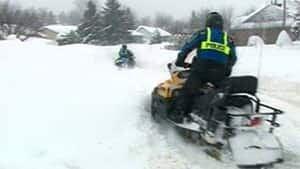 mi-sherbrooke-snowmobile-300