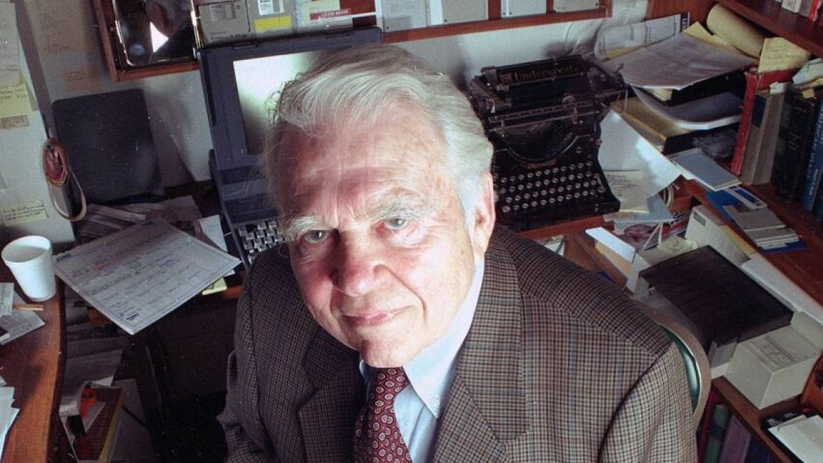 andy rooney racist essay Andy rooney: a series of quintessentially 'rooneyesque' essays (videos) cbs announced on tuesday that andy rooney, the legendary 60 minutes broadcaster remained in.