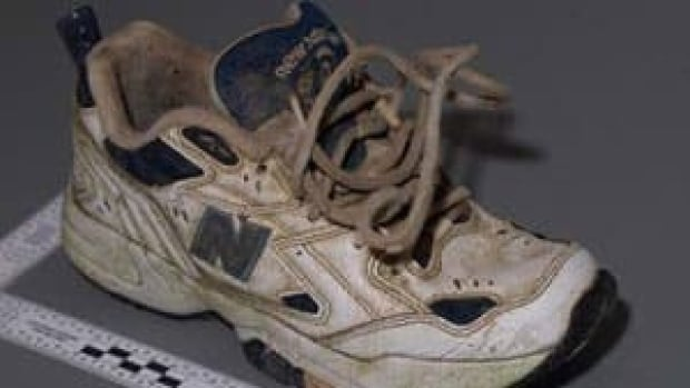 A woman's right foot was found encased in this size 7 New Balance running shoe in May 2008 on Kirkland Island, B.C.